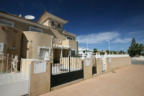 3 bed townhouse next to cabo Roig and La Zenia beach