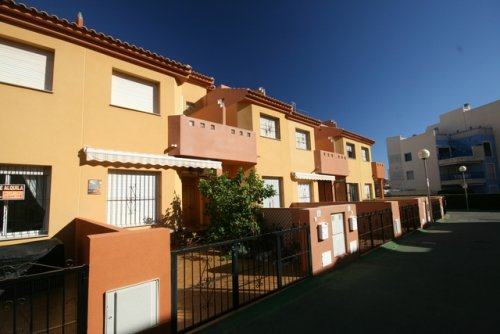 3 bed, 2 bath Townhouse Cabo Roig Beach
