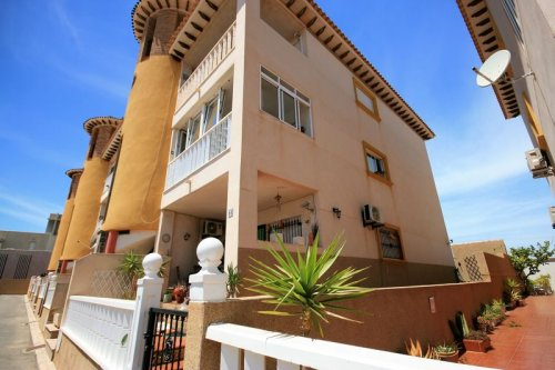 Cabo Roig-Fantastic 2 bed, 1 bath South Facing Apartment next to the beach