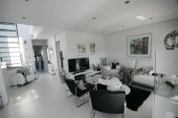 Amazing Luxury South facing designer Penthouse pic 5