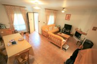 Spacious 2/3 Bed Bungalow for sale near to the Beach! pic 4