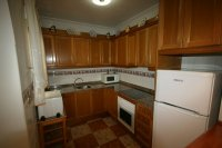 Fantastic 2 bedroom Bargain Bungalow next to the beach pic 5