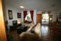Next to Cabo Roig Beach! Fantastic 2/3 Bed Bungalow  pic 5