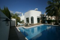 Stunning South Facing Detached Villa with Pool pic 1