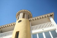 Top Floor Apartment with sea views for sale  pic 10