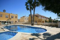 Fantastic 3 bed, 2 bath  south facing townhouse next to beach! pic 3