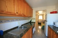Fantastic 3 bed, 2 bath  south facing townhouse next to beach! pic 8