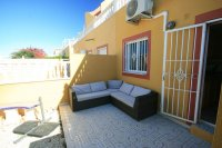 Fantastic 3 bed, 2 bath  south facing townhouse next to beach! pic 7