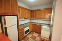 Fantastic 2 bed, 1 bath South Facing Bungalow next to the beach pic 4