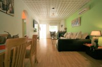 Renovated Corner South facing Fantastic 2 bed, 1 bath  next to the beach pic 3