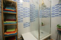 Renovated Corner South facing Fantastic 2 bed, 1 bath  next to the beach pic 9