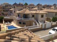 Detached Villa with private pool  next to La Zenia beach pic 3