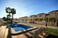 Fantastic 2 bed, 2 bath South Facing Corner House overlooking Pool Area pic 4