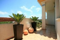 3 Bed Luxury Penthouse with jacuzzi and fantastic outside space pic 5