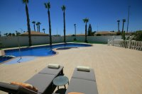 Amazing 4 bed  Villa with fantastic pool on 1000m plot pic 14