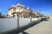 Fantastic 2 bed, 2 bath for sale Cabo Roig beach pic 2