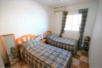 Bargain 2 Bed Ground floor Apartment pic 10