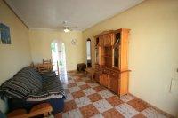 Bargain 2 Bed Ground floor Apartment pic 6