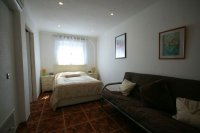 Fantastic 2 bed, 2 bath South Facing TownHouse pic 10