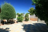 Fantastic 3 bed, 2 bath Detached villa with private pool pic 3